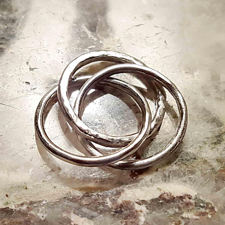platinum rolling ring