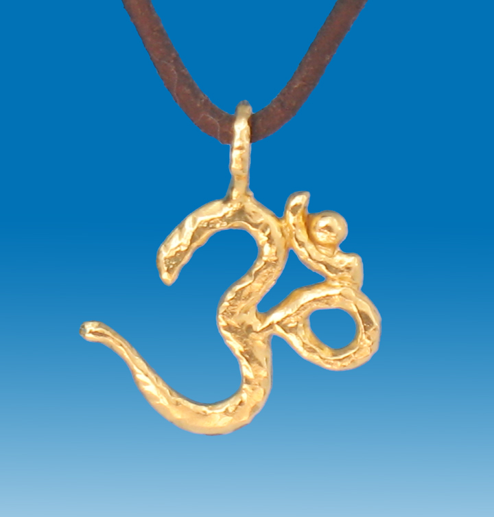 22k solid gold ohm pendant