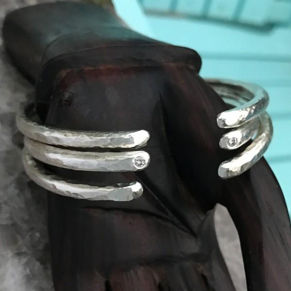 bangles_2017-three-hand